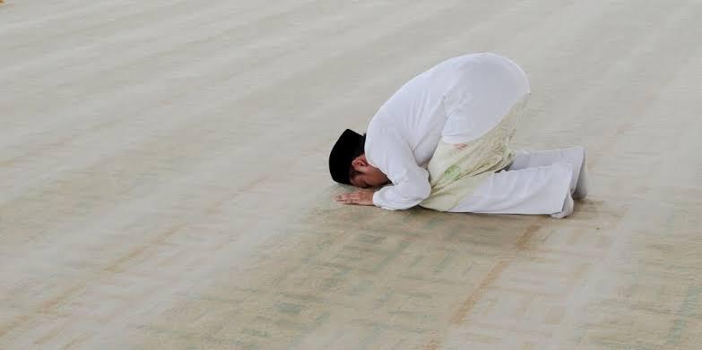 FALSAFAH IBADAH: Shalat Sebagai Jalan Mewujudkan Masyarakat Islam Yang Sebenar-Benarnya