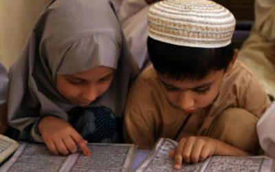 URGENSI HAK DAN PERLINDUNGAN ANAK DALAM PERSPEKTIF HUKUM ISLAM